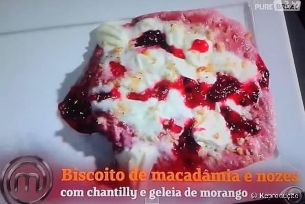 "Na segunda temporada de ""MasterChef Brasil"", da Band, Hamilton fez este biscoito desastroso. Veja outros pratros ruins do reality!"