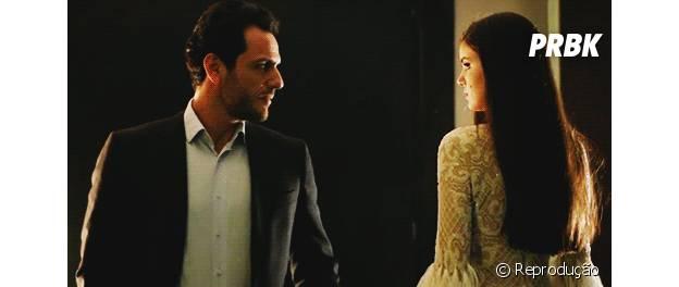 """Alex (Rodrigo Lombardi) e Angel (Camila Queiroz) em """"Verdades Secretas"""""""