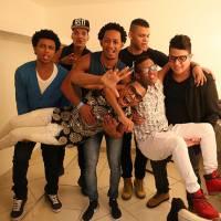 """Festival """"SuperStar"""": Lucas e Orelha, Scalene, Versalle e Dois Africanos agitam fãs em mega evento!"""