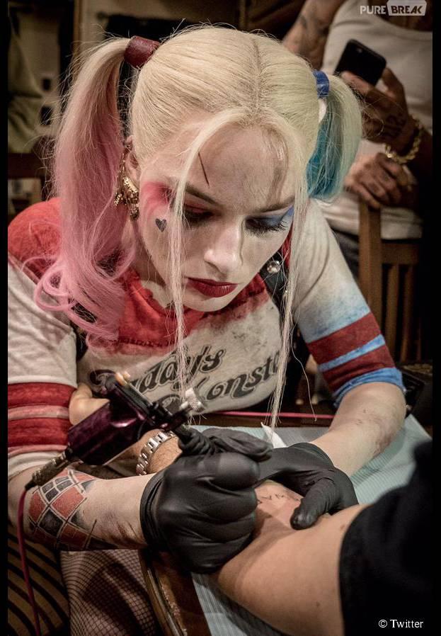 """Margot Robbie tatuou os próprios colegas de """"Esquadrão Suicida"""""""