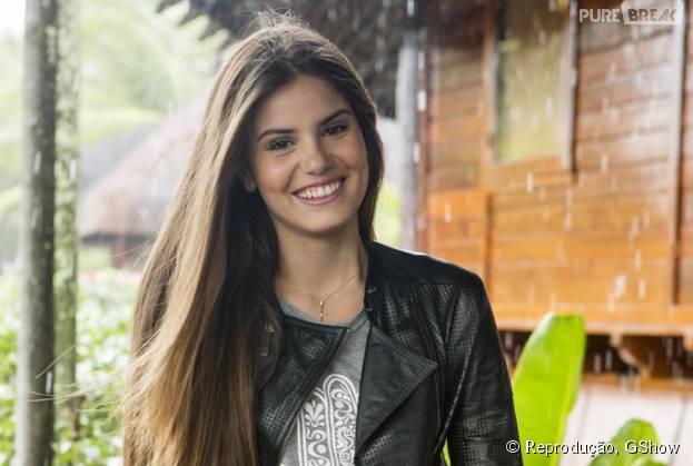 """Camila Queiroz, a Angel de """"Verdades Secretas"""", relembra passado em entrevista"""