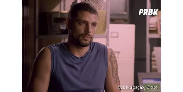 """Em """"A Regra do Jogo"""": Juliano (Cauã Reymond) é preso com drogas após armação de Romero (Alexandre Nero)!"""
