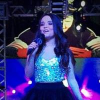 """Larissa Manoela, de """"Cúmplices de Um Resgate"""", grava clipes para as músicas """"Fugir Agora"""" e """"Juntos"""""""