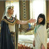 """Sérgio Marone, de """"Os Dez Mandamentos"""", fala sobre tapa de Ramsés em Nefertari: """"Foi pra valer"""""""