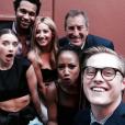 """O elenco de """"High School Musical"""" se encontrou esse ano durante uma premiere da Disney"""