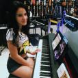 """Giovanna Rispoli, de """"Totalmente Demais"""", também tem tempo para se dedicar em outras atividades"""