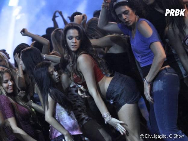 Bruna Marquezine dançando funk em baile funk na novela