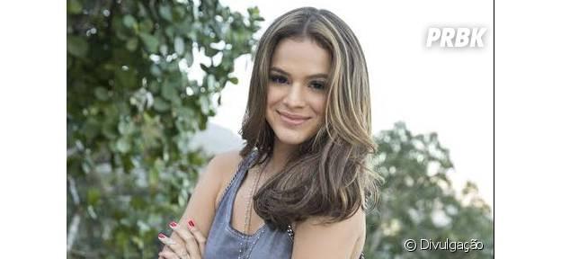 """Bruna Marquezine não será garota de programa em """"O País do Futuro"""", mas sim uma aspirante a atriz que acaba tendo que se apresentar em boates"""