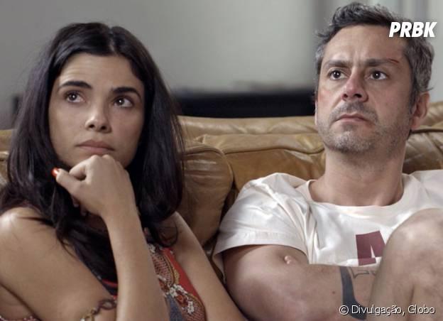 """Novela """"A Regra do Jogo"""": Romero (Alexandre Nero) fica tenso com revelações de Atena (Giovanna Antonelli) para Tóia (Vanessa Giácomo)"""