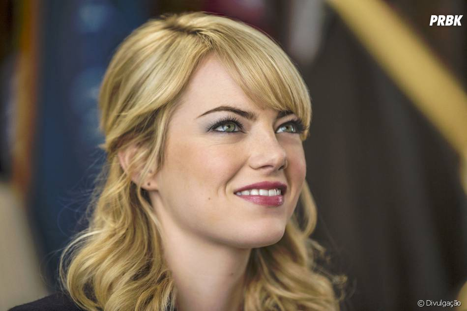 """Emma Stone interpretou a mocinha Gwen Stacy em """"O Espetacular Homem-Aranha"""", ao lado de Andrew Garfield"""