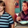 """De """"Hannah Montana"""": Jackson é inesquecível! Seu jeitinho ingênuo conquistou os fãs da série. E o  Jason Earles que nem mudou tanto"""