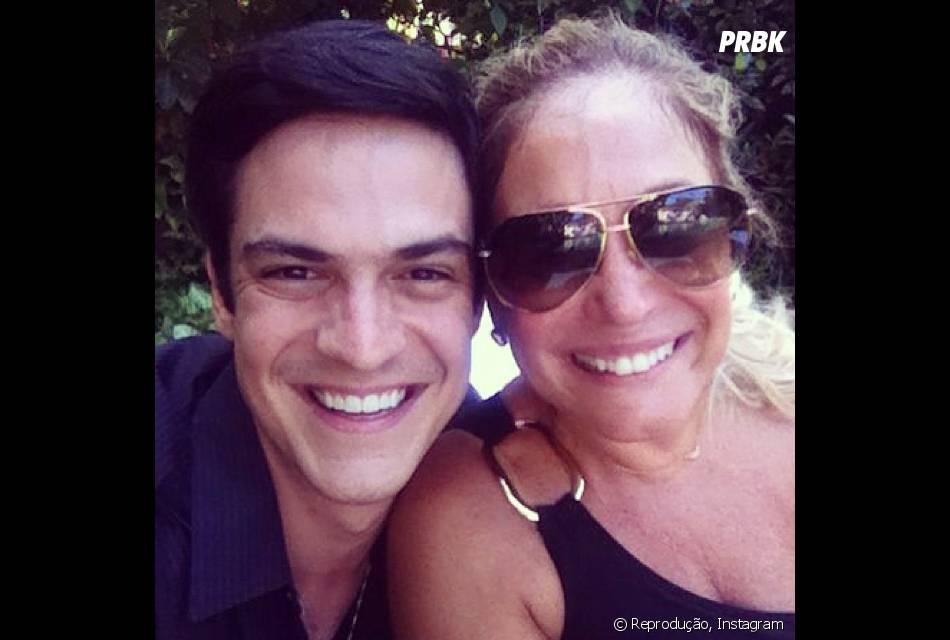 9854f21a79 Mateus Solano e Susana Vieira viveram mãe e filho na novela  quot Amor ...