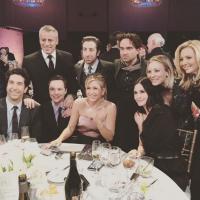 """Atores de """"The Big Bang Theory"""" e """"Friends"""" se reúnem para programa especial!"""