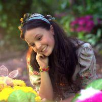"""Larissa Manoela, de """"Cúmplices de Um Resgate"""", celebra sucesso da novela no SBT: """"Muito feliz"""""""