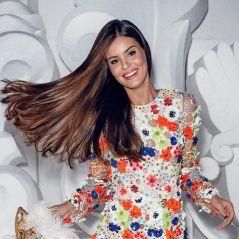 """Camila Queiroz, de """"Êta Mundo Bom!"""", se declara fã do RBD: """"Eu era a Anahí, óbvio!"""""""