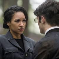 """Em """"The Flash"""": na 2ª temporada, Barry e Iris casados? Candice Patton fala sobre o possível futuro!"""