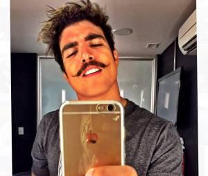 Já em 2014, Caio Castro resolveu investir nesse bigodão. Curtiu?