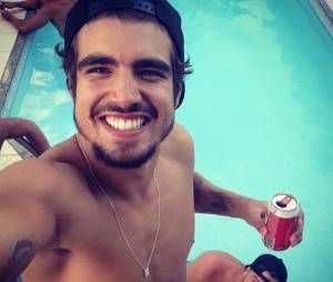 Porém, o look não durou muito tempo e, ainda em 2014, Caio Castro voltou às madeixas morenas de sempre
