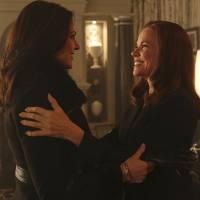 """Em """"Once Upon a Time"""": na 5ª temporada, Regina (Lana Parrilla) e vilã Cora se encontram no submundo!"""