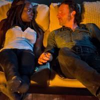 """Em """"The Walking Dead"""": na 6ª temporada, Rick e Michonne transam pela primeira vez!"""