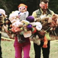"""Paramore quebra diversos recordes diferentes no clipe de """"Ain't It Fun""""!"""