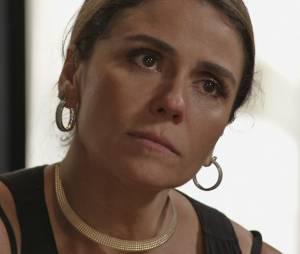 """Em """"A Regra do Jogo"""", Atena (Giovanna Antonelli) promete roubar facção de Gibson (José de Abreu)!"""