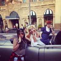 Anitta embarca para Orlando, nos EUA, e divulga fotos da viagem no Instagram