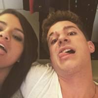 """Charlie Puth comemora parceria com Selena Gomez e adianta: """"Queremos gravar o clipe!"""""""