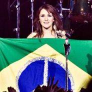 """Dulce Maria vem ao Brasil e anuncia encontro com fãs: """"Vamos tirar fotos e mais"""""""