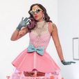 Anitta aparece com o maior bocão em novo vídeo!