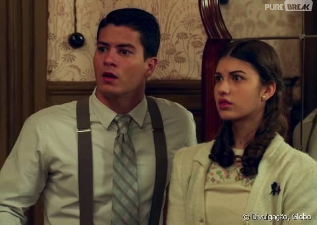 """Em """"Êta Mundo Bom!"""", Osório (Arthur Aguiar) é expulso por namorar Gerusa (Giovanna Grigio), mas escuta proposta inusitada de Camélia (Ana Lucia Torre)"""