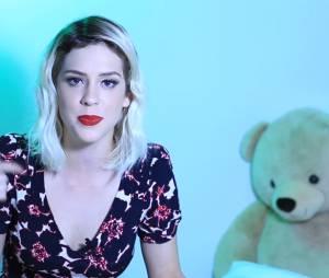 Sophia Abrahão responde fãs em vídeo para o Youtube