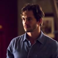 """De """"50 Tons Mais Escuros"""": Hugh Dancy vai interpretar o psiquiatra de Christian Grey na sequência!"""