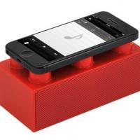 Simpática: Brics é uma caixa de som no estilo Lego para smartphones