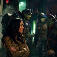 """De """"As Tartarugas Ninja 2"""": Megan Fox e Stephen Amell, de """"Arrow"""", arrasam em novo trailer. Veja!"""