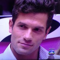 """Eliminação no """"BBB14"""": Roni recebe 60% dos votos e deixa o reality show"""
