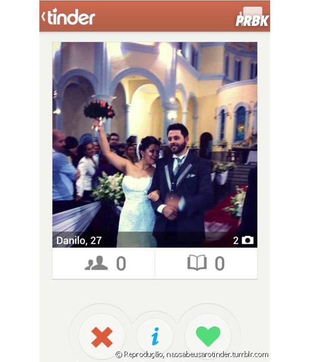 Gente que coloca foto de casal - e até casando - no Tinder. Você está fazendo isso errado...