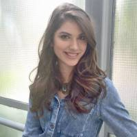 """Giovanna Grigio, de """"Êta Mundo Bom"""", quer participar da """"Dança dos Famosos"""" e Arthur Aguiar apoia!"""