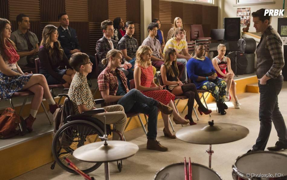 """Veteranos e calouros de """"Glee"""" se encontram no 100º episódio da série"""