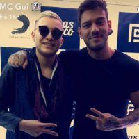 MC Gui e Lucas Lucco se encontram em show e fazem fotos e vídeos divertidos no Snapchat!