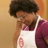 """No """"MasterChef Brasil"""": Gleice é eliminada pela segunda vez após errar ovo frito!"""