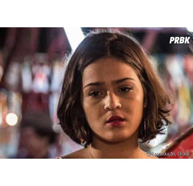"""Em """"Velho Chico"""", Olívia (Giullia Buscacio) fica triste ao ver Miguel (Gabriel Leone) e Sophie (Yara Charry) transando"""