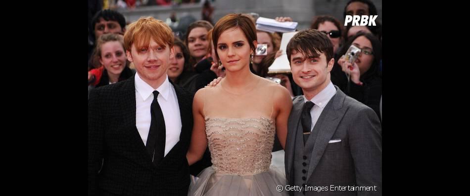 """Rupert Grint (Ron Weasley), Emma Watson (Hermione Granger) e Daniel Radcliffe (Harry Potter) na prèmiere de """"Harry Potter e as Relíquias da Morte - Parte 2"""""""