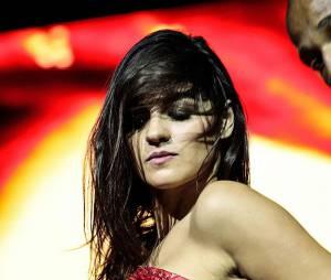 Maite Perroni tornou-se um mulherão desde o fim do RBD, ou seja, podemos esperar bastante sensualidade