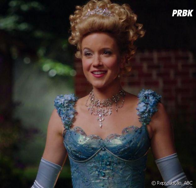 """Em """"Once Upon a Time"""", Cinderela (Jessy Schram) retorna na 6ª temporada!"""