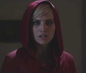 """Em """"Pretty Little Liars"""", Dre Davis, a Sarah, fala sobre morte de sua personagem"""