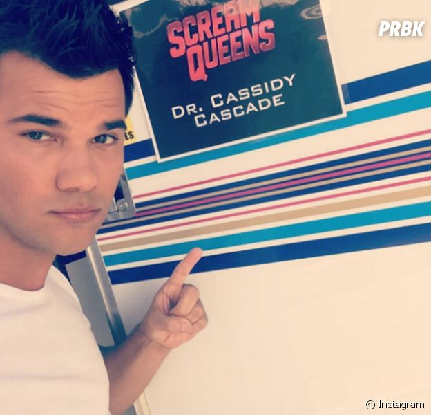 """Taylor Lautner pediu para não ficar sem camisa em """"Scream Queens"""""""