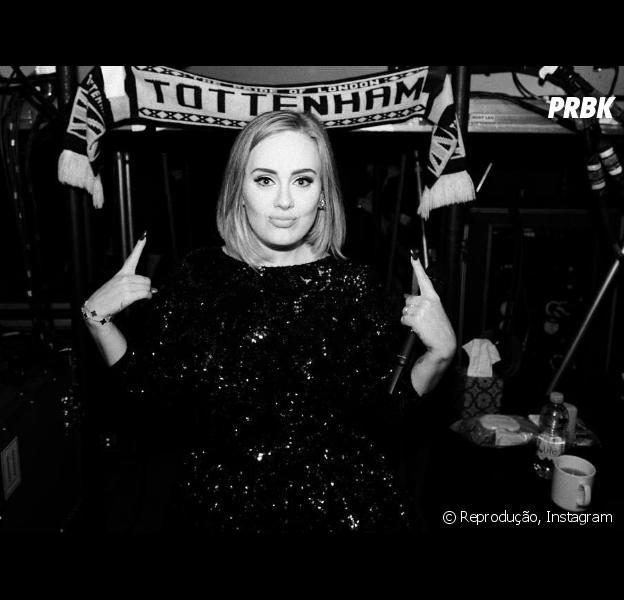 Adele recusa show do Super Bowl 2017 e fãs lamentam nas redes sociais