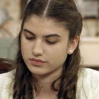 """Final """"Êta Mundo Bom!"""": Gerusa (Giovanna Grigio) revela que vai morrer!"""