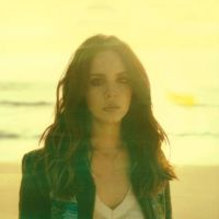 "Lana Del Rey lança seu novo single ""West Coast"""